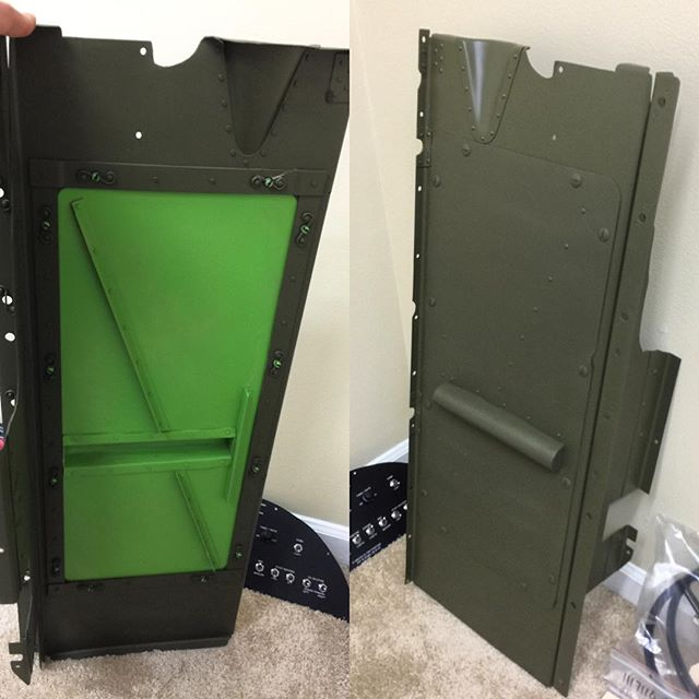 Hydraulic access panel, front and back