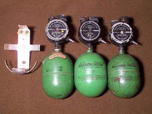 A-4_Oxygen_Bottles_s-518x388