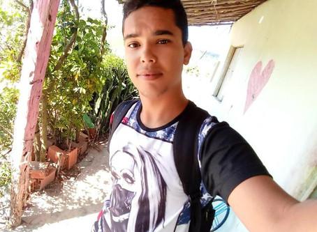 Entrevista com o jovem Aécio Silva Júnior