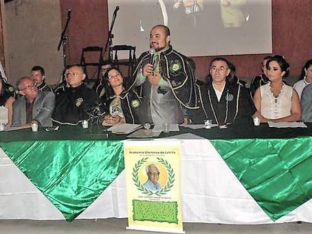Academia Gloriense de Letras se reúne para comemorar quinto aniversário