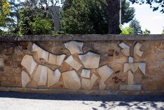 Bas-relief, Lycée de Gourdon, 1968