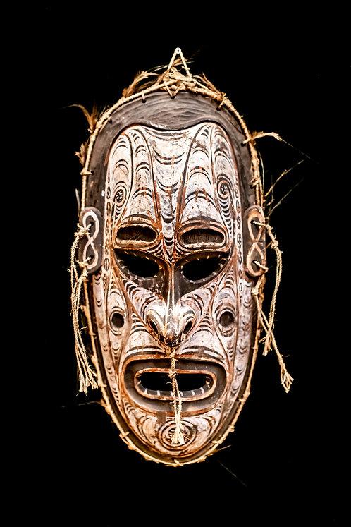 ANCESTOR MASK - WOMBUM VILLAGE -CHAMBRI LAKES REGION