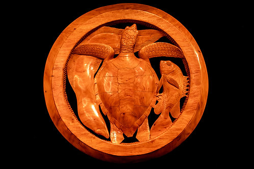 TURTLE IN A ROUND FRAME - SOLOMON ISLANDS Hand-carved wood