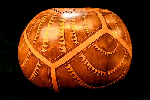 UMEKE PAWEHE CALABASH - HAWAIIAN DECORATED GOURD