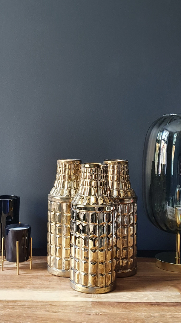 3 Egyptian Gold Vases £60