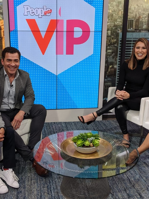"""People VIP Interview """"Con Dios"""""""