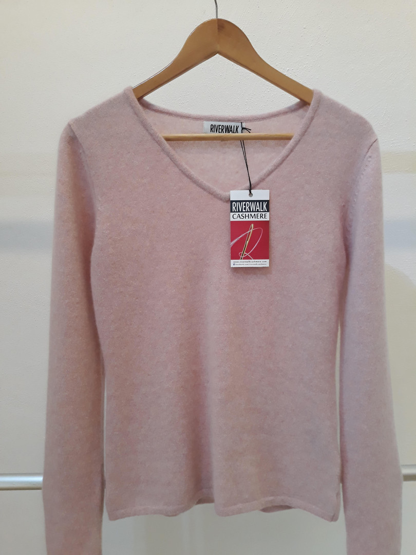 V neck long Sleeves