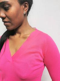 LIA V neck