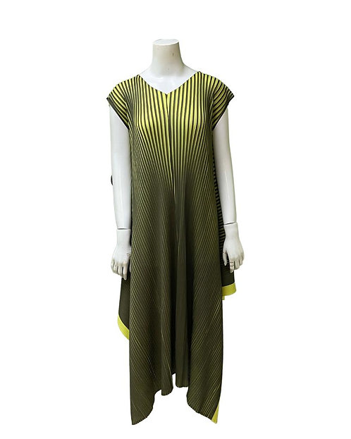 TT-084-20360  Pleated Dress