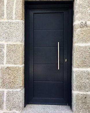puerta de entrada 1.jpg
