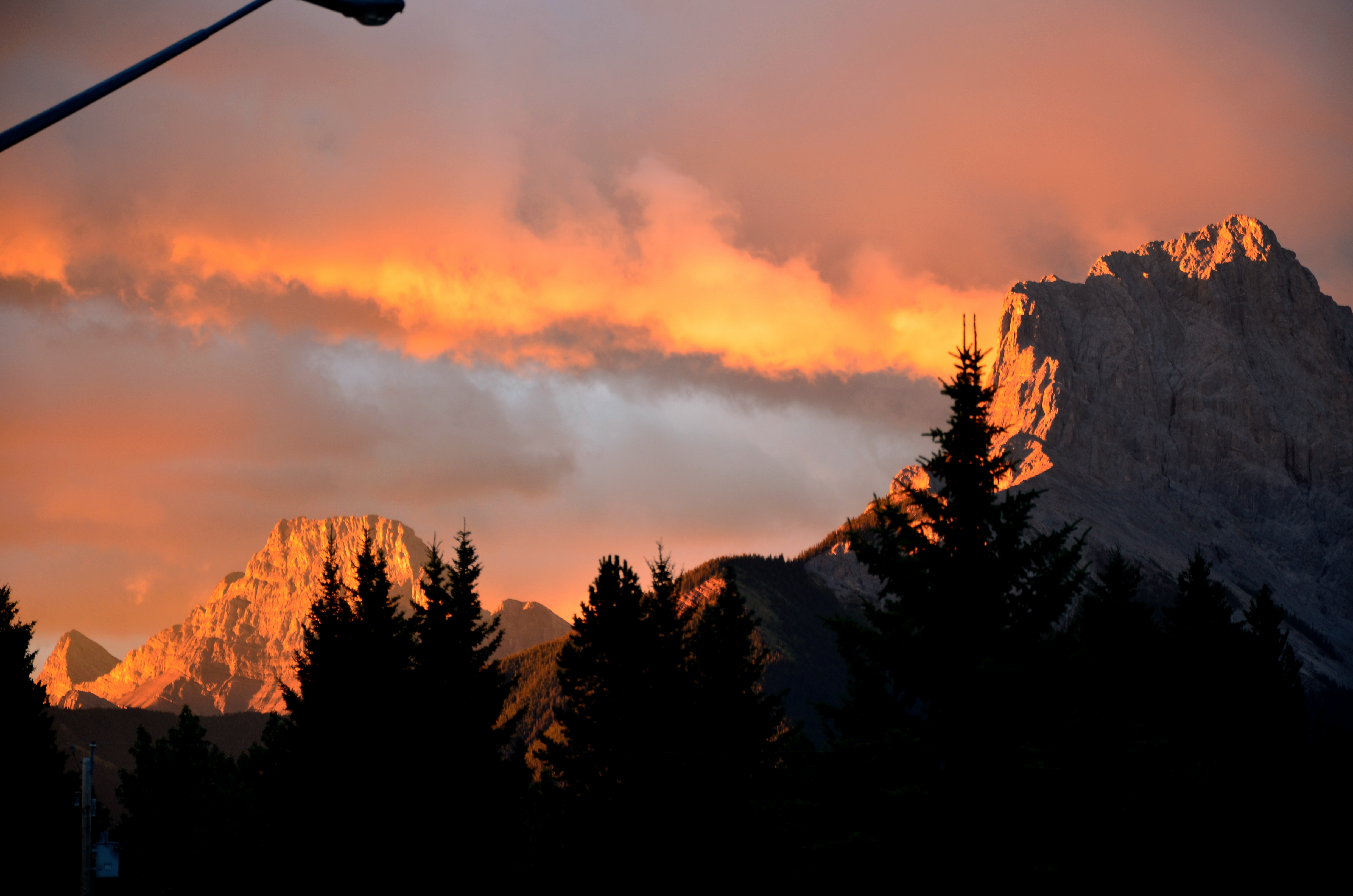Sunrise, Canmore (CAN)