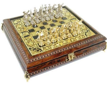 41648 Juego de ajedrez mediano con piezas cervantinas.