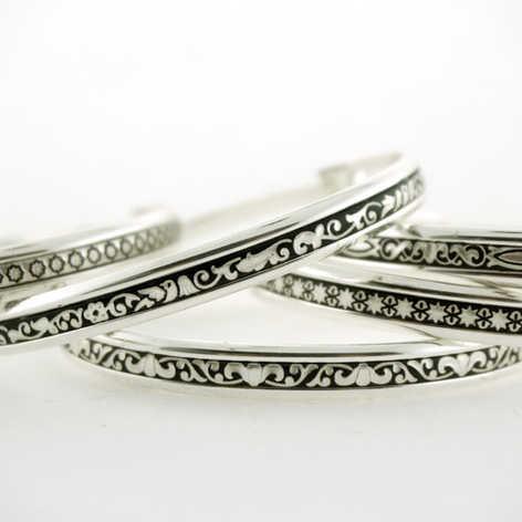 92418 & 92419 thin bangle