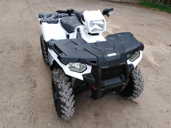 Adquisición de nueva ATV para limpieza de playa