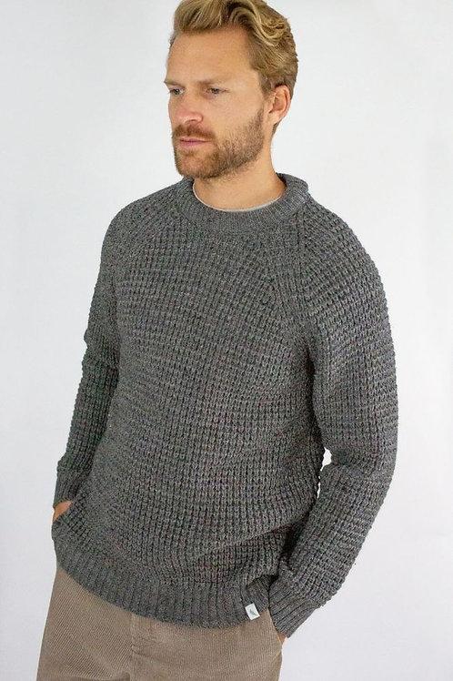 Peregrine Waffle Crew -Nimbus - 100% wool