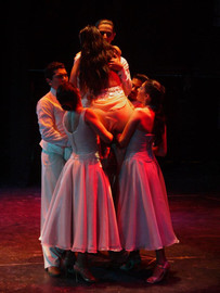 "Scene ""Viviras dentro mio"", from the play ""Tango de Raza"""
