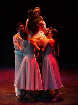 """Scene """"Viviras dentro mio"""", from the play """"Tango de Raza"""""""