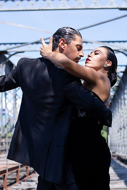 Tomas Gimena Tango Embrace Classes