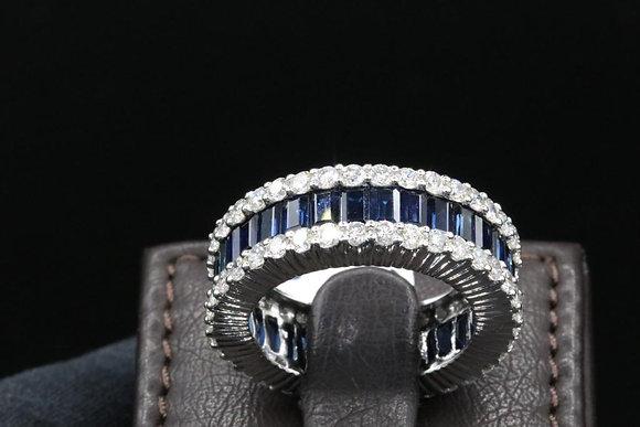 18k Gold Diamond Ring  sapphire