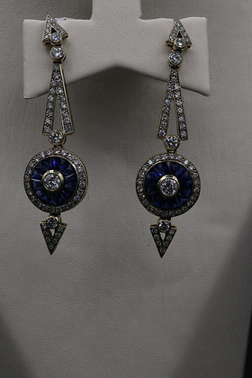 Antique Reproduction 18K Gold Earring