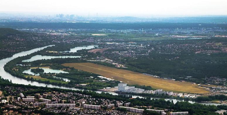 Aérodrome des Mureaux vue vers Paris