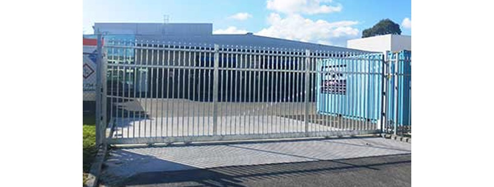 Commercial Fencing and Gates - CMFG 1009