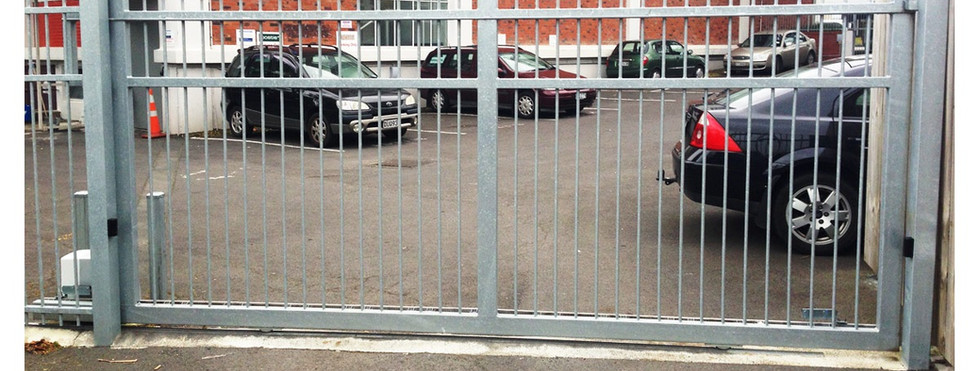 Commercial Fencing and Gates - CMFG 1008