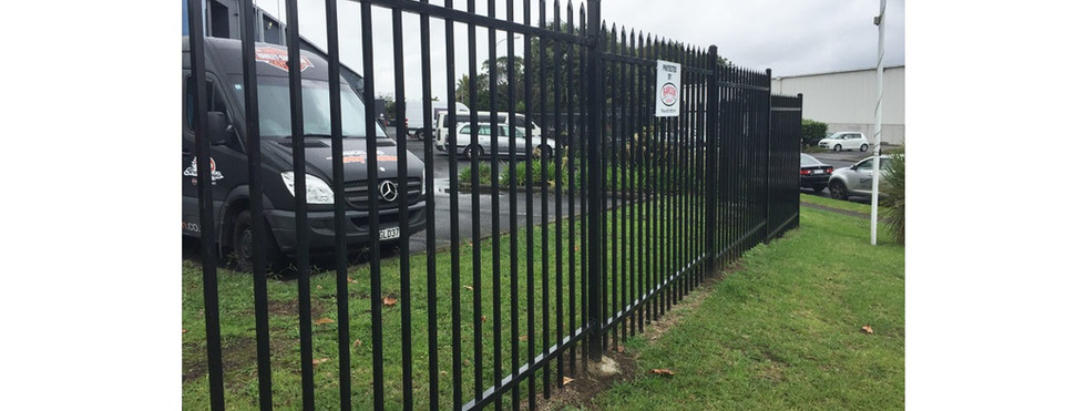 Commercial Fencing and Gates - CMFG 1005