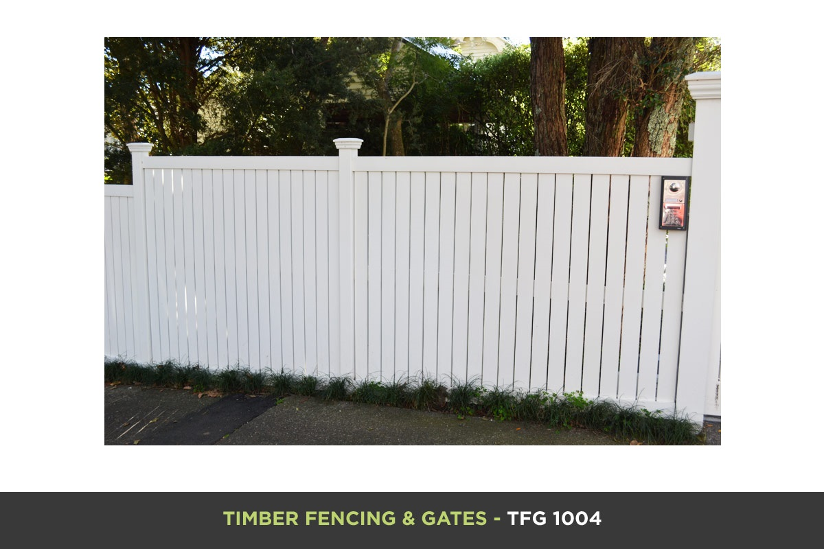 Timber Fencing and Gates - TFG 1004