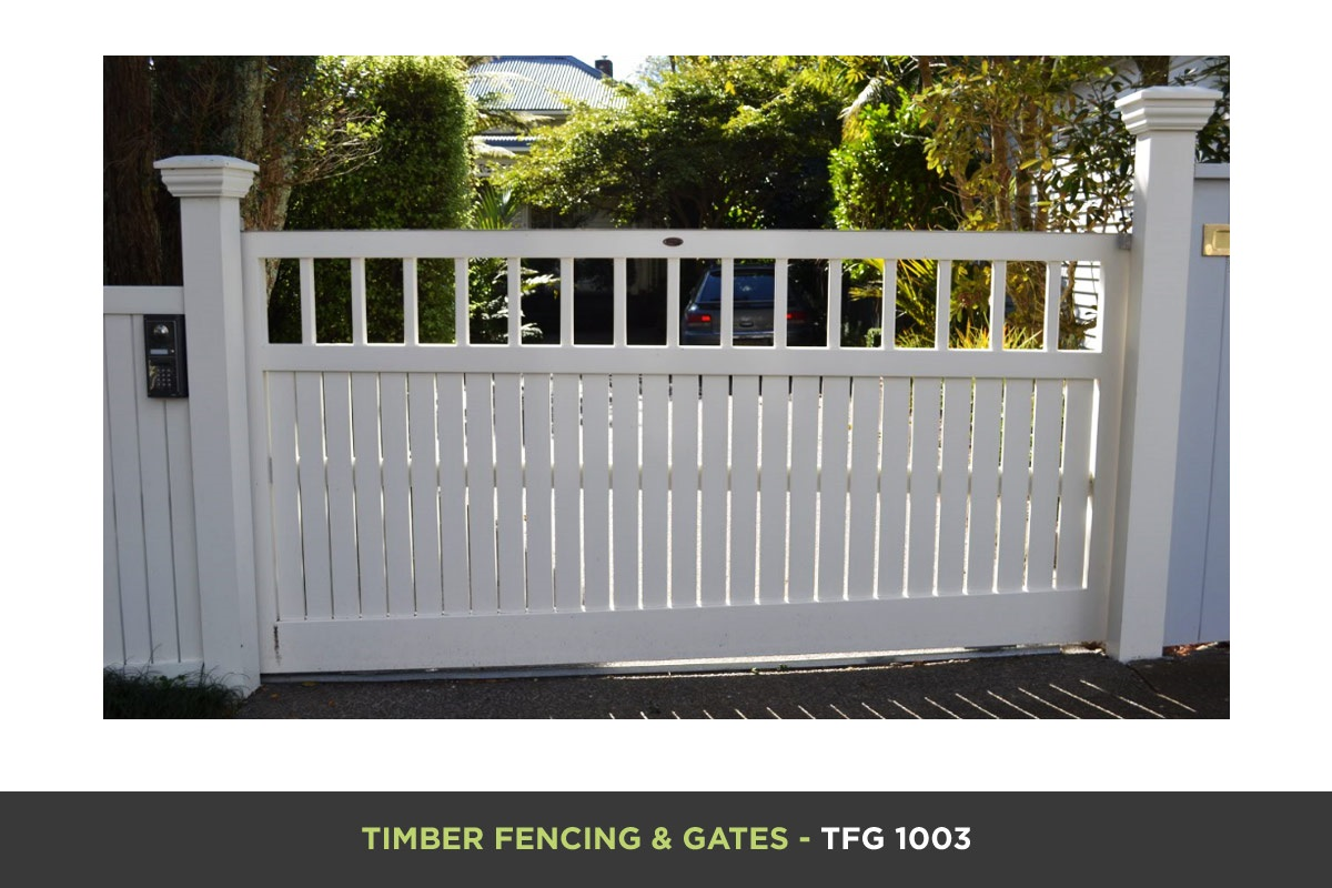 Timber Fencing and Gates - TFG 1003