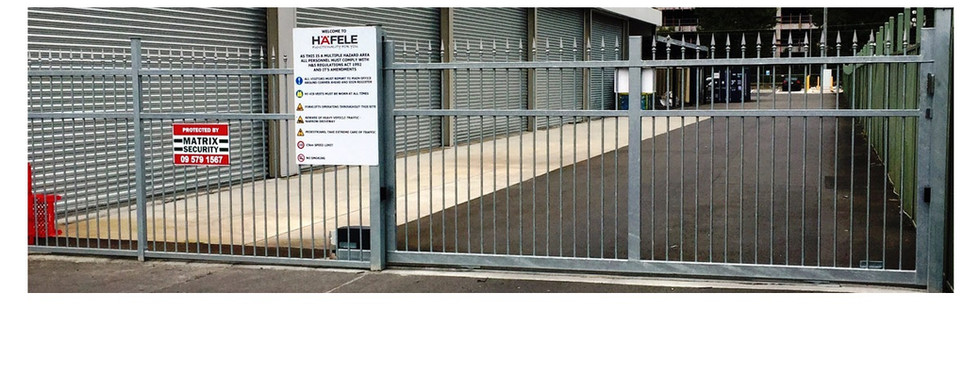 Commercial Fencing and Gates - CMFG 1006