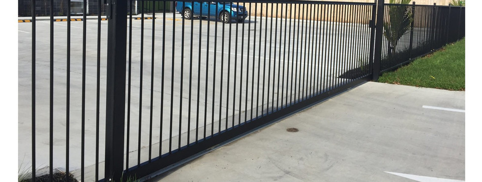Commercial Fencing and Gates - CMFG 1002