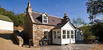Ferry Cottage - Riverside self-catered accommodation on the River Deveron, Aberdeenshire