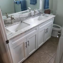 bathroom remodel quartz