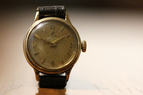 1958 solid 9ct gold Ladies Omega watch, cal 244, with full box and papers!