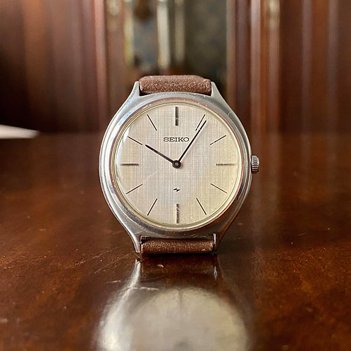 1973 Vintage Seiko Chariot 2220-0300 watch with Linen dial, Hi-Beat 28800