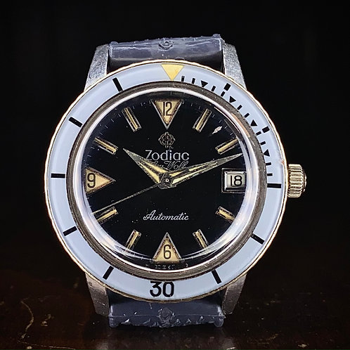 1960s Zodiac Sea Wolf Diver watch Ref 1750B, black dial, Blue bakelite bezel
