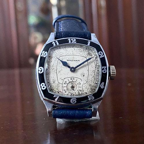 Vintage American 1931 Waltham Knight Art deco watch, enamel bezel, 15 jewel