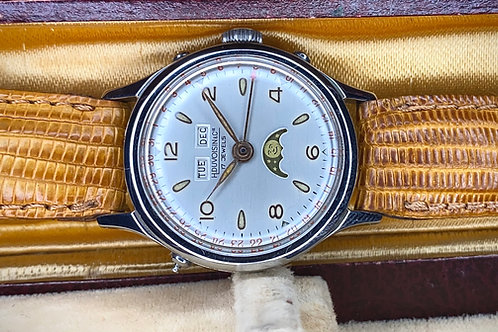 1950s H Duvosin & Cie Triple date pointer moonphase watch, Venus 203 movement