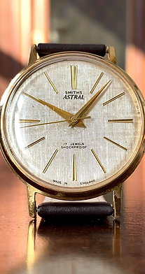 1961 Smiths Astral model T365 watch, with linen finish dial, cal 27.CS 17 jewels