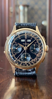 1950s Richard Triple Calendar Chronograph watch in 18ct gold Valjoux 72c