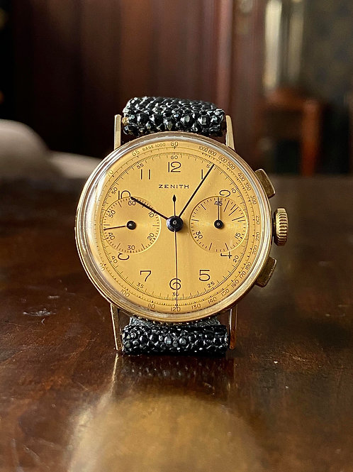 1940 Zenith Chronograph watch, cal 133 movement, 14ct gold, Champagne dial, 33mm