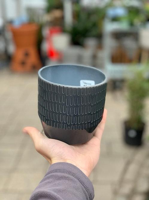 """4.5"""" Nola Dark Grey Pot"""
