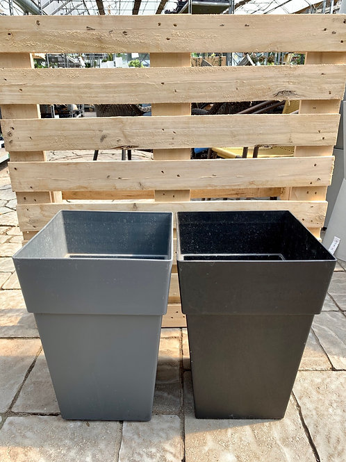 "16"" Tall Square Planter with Wheels"