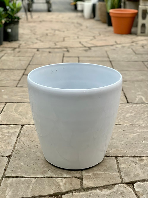 "14"" Hard Round Plastic Pot on Wheels"