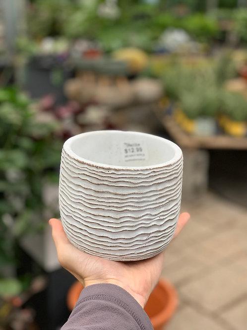 "4.5"" Small White Wavy Pot"