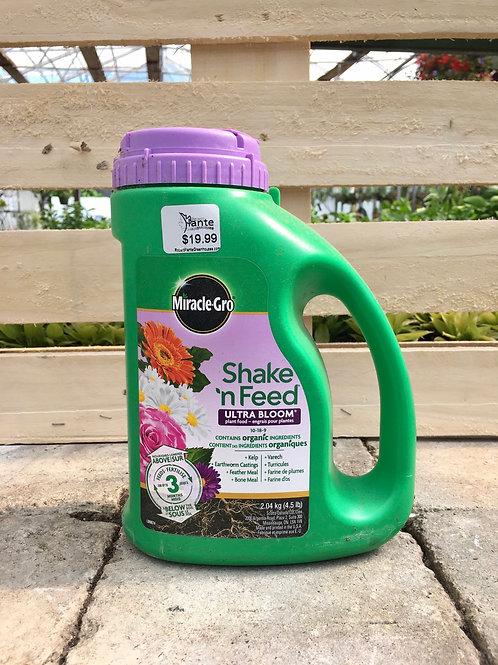 Miracle-Gro® Shake 'N Feed® Ultra Bloom® Plant Food 10-18-9