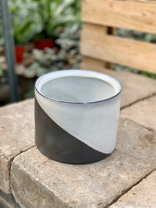"5.5"" Deuce Ceramic Pot"