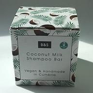 plastic free Coconut Milk shampoo.jpg