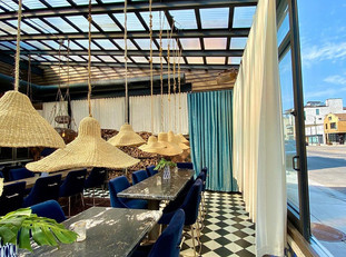 18 Chicago Bars and Restaurants With All-Season Retractable Roofs